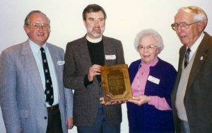 Picture showing Neil and Emily Morris receiving the Laurel Hill Center's Community Award.